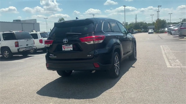 Certified Pre-Owned 2019 Toyota Highlander XLE